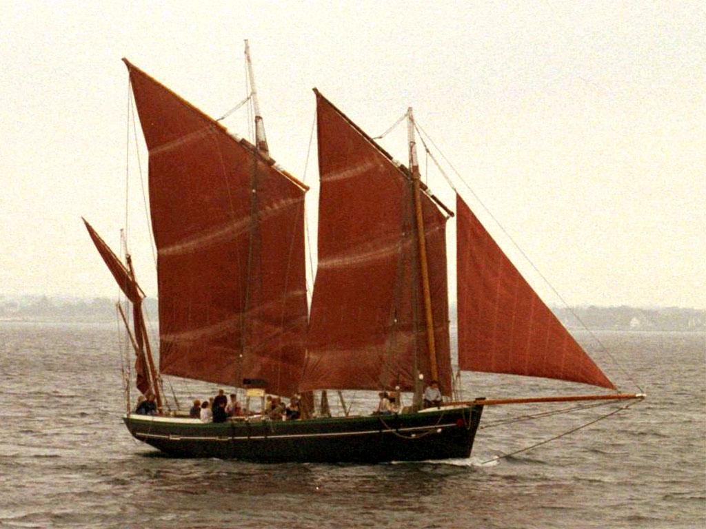 bateau a voile ancien
